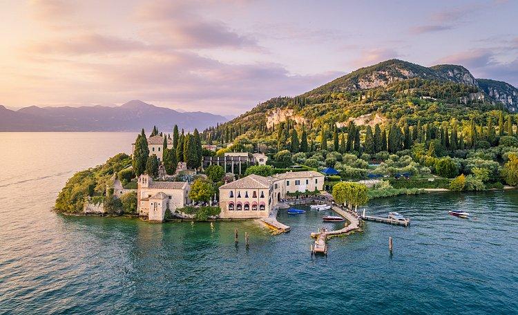 Punta San Vigilio ❤️ the Portofino of Lake Garda - What to see in Punta San Vigilio