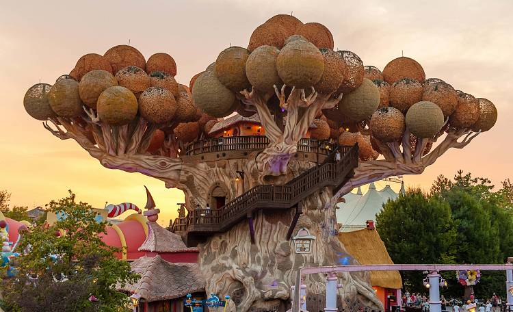 Gardaland ☀️ the largest and most famous amusement park in Italy -