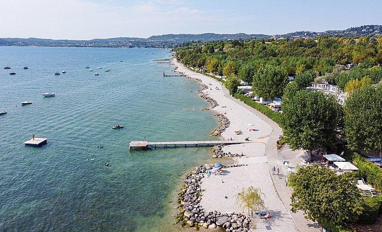 Moniga del Garda ☀️ Lake Garda - What to do and see in Moniga del Garda. Also, discover the most beautiful beaches of Spiagge di Moniga del Garda.