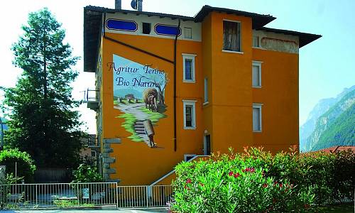 Agriturismo Tenno Bio Natura - Tenno (Trento)