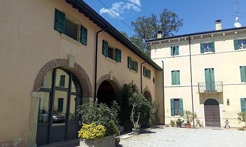 Agriturismo Finilon - Castelnuovo del garda (Verona)