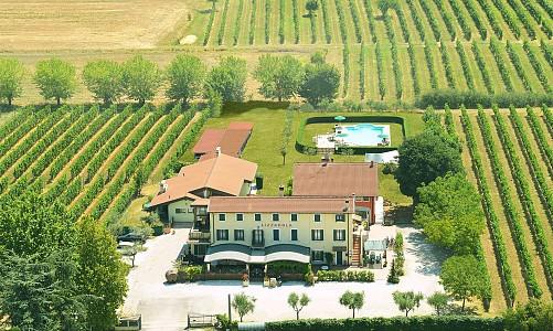 Agriturismo Lizzarola - Peschiera del Garda (Verona)